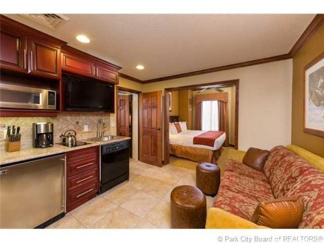 Additional photo for property listing at 3000 CANYONS RESORT Drive 3000 CANYONS RESORT Drive Unit: 4502 帕克城, 犹他州 84098 美国