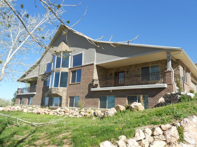 Single Family for Sale at 1459 E 250 N Fruit Heights, Utah 84037 United States