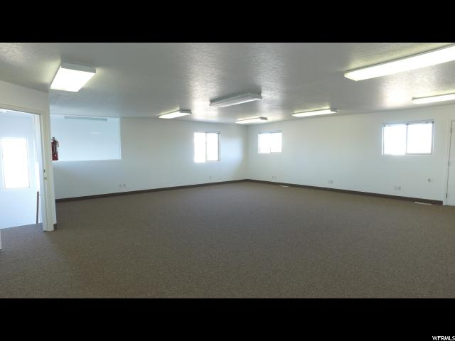 Additional photo for property listing at 1080 E HIGHWAY 40 1080 E HIGHWAY 40 Vernal, Utah 84078 Estados Unidos