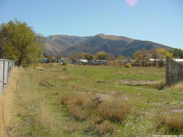 Terrain pour l Vente à 207 N COMMERCIAL Street Morgan, Utah 84050 États-Unis