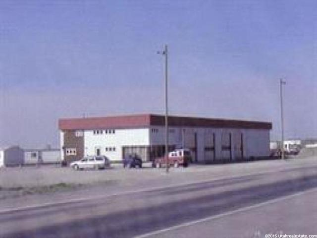 Commercial pour l Vente à 2831 POCATELLO Avenue 2831 POCATELLO Avenue American Falls, Idaho 83211 États-Unis