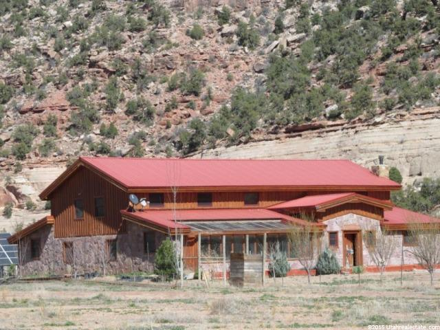 Farm / Ranch / Plantation for Rent at 1095 MONTEZUMA CANYON ROAD Monticello, Utah 84535 United States