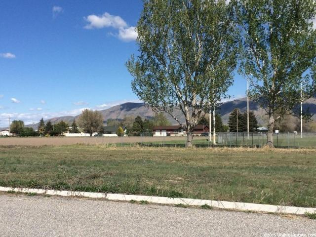 Additional photo for property listing at 1063 S 150 W  Tremonton, Utah 84337 États-Unis