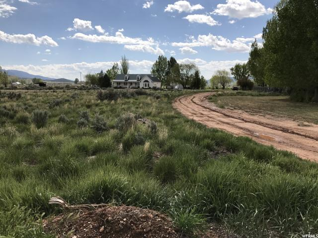 Additional photo for property listing at 900 W 400 N 900 W 400 N Parowan, Utah 84761 États-Unis