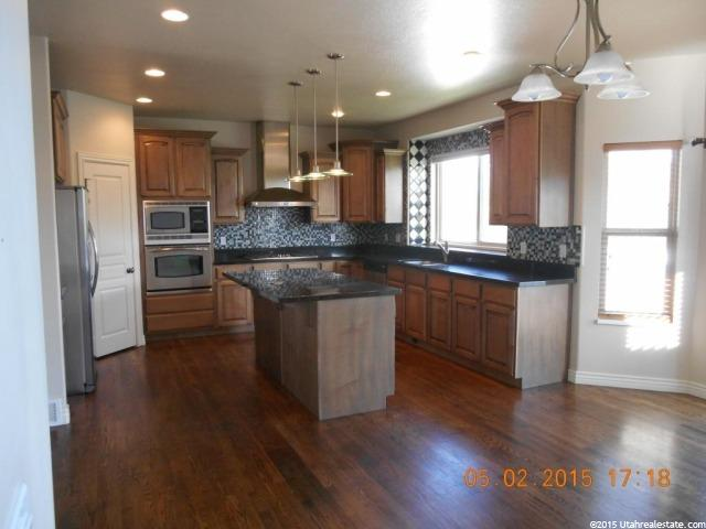 Additional photo for property listing at 1873 W 1500 S  Woods Cross, Utah 84087 United States