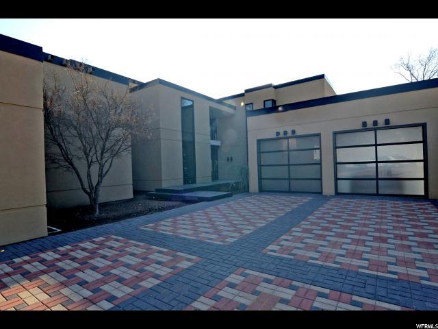 Unique la famille pour l Vente à 2644 E KENTUCKY Avenue Holladay, Utah 84117 États-Unis
