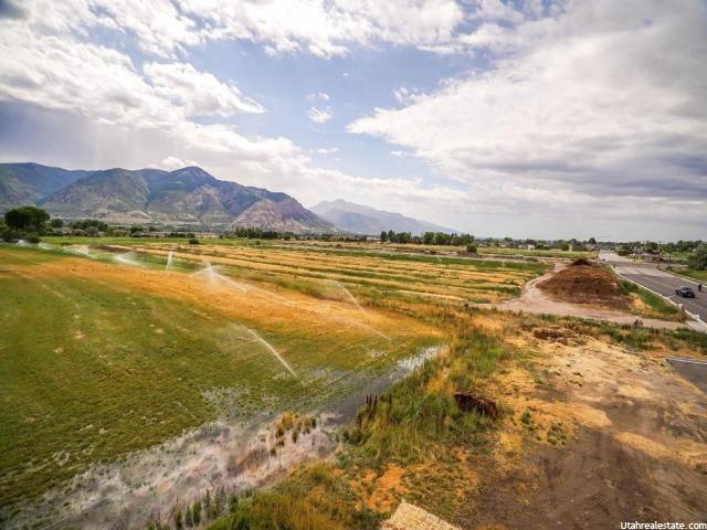 Additional photo for property listing at 2650 N 600 W 2650 N 600 W Pleasant View, Utah 84414 Estados Unidos