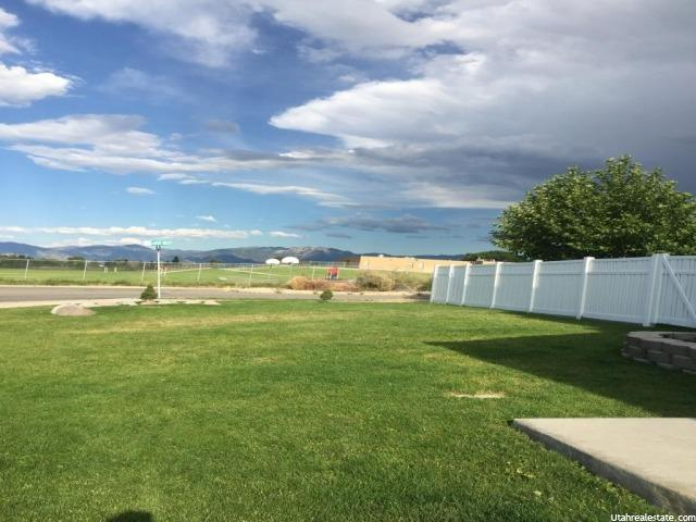 6815 W MERRILIE CIR West Valley City, UT 84128 - MLS #: 1320745