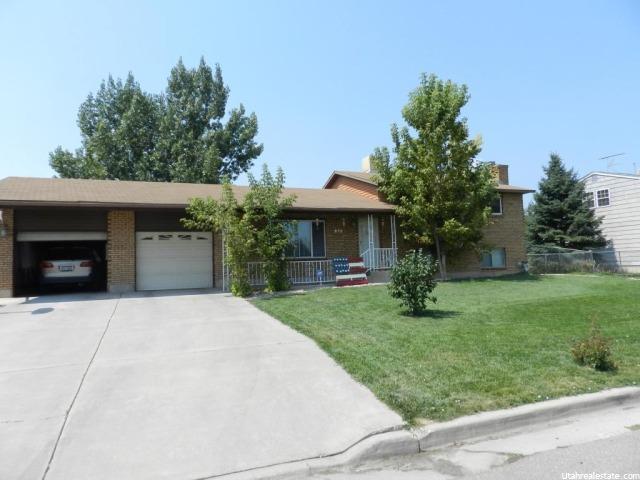 Single Family for Sale at 939 N 2100 W W Maeser, Utah 84078 United States