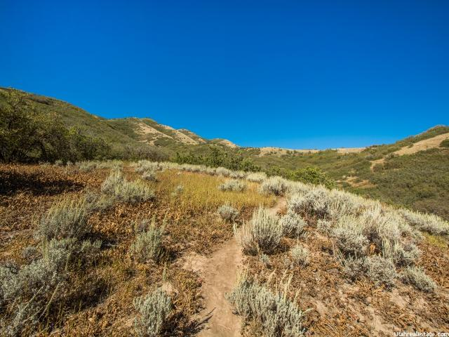 5226 E OLD OAK RD Emigration Canyon, UT 84108 - MLS #: 1327849