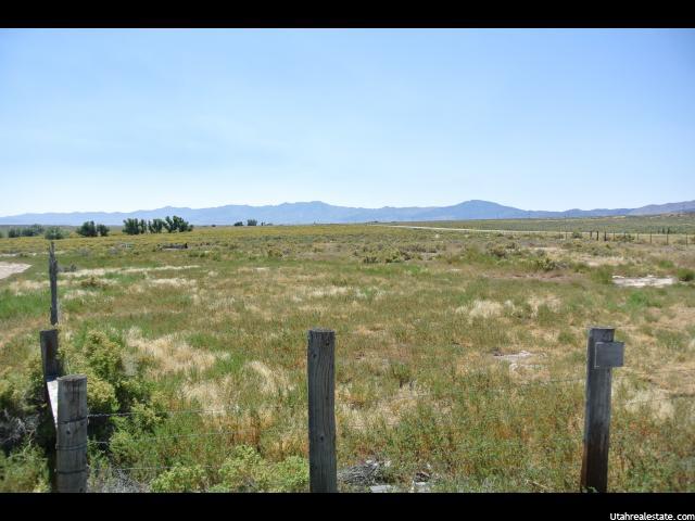 Terrain pour l Vente à 2100 N HWY 36 Faust, Utah 84080 États-Unis