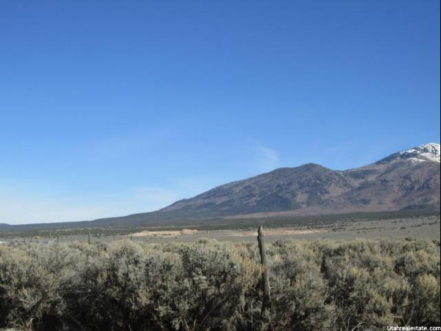 Additional photo for property listing at 85 E MARKLE Road  La Sal, Utah 84530 United States