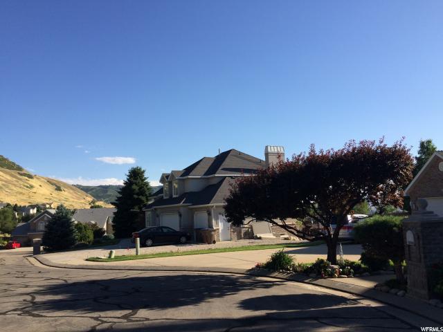 Additional photo for property listing at 2019 E GRAYSTONE Lane  Draper, Utah 84020 United States