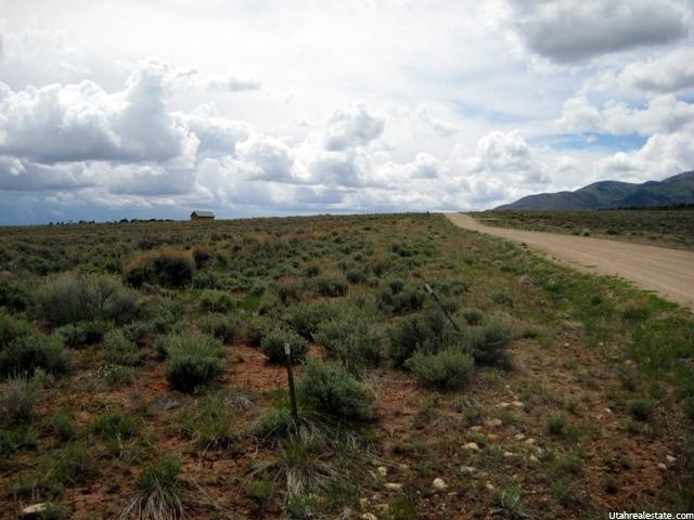 96 MOUNTIAN SHADOW S DR E La Sal, UT 84530 - MLS #: 1335378