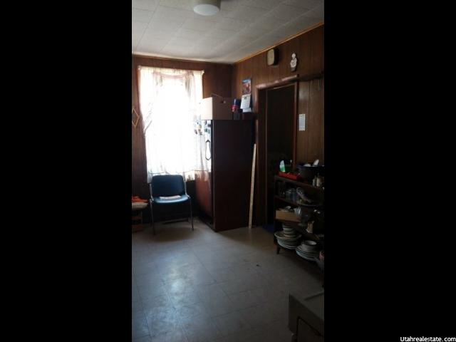 Additional photo for property listing at 495 S 100 W 495 S 100 W Price, 犹他州 84501 美国