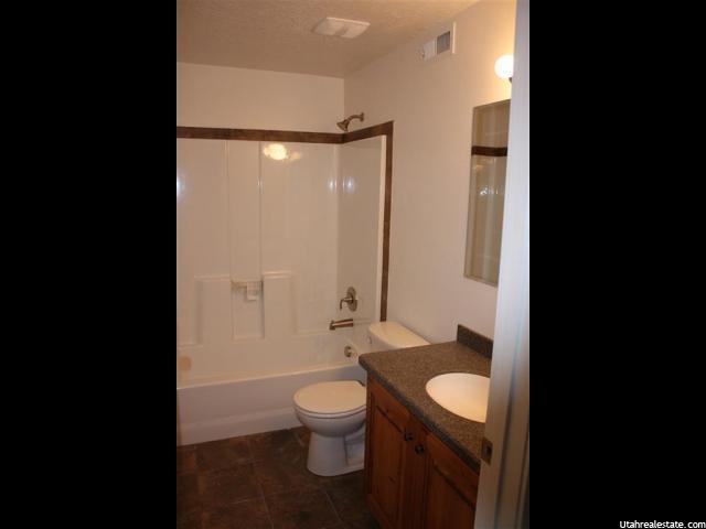 860 N 150 E Castle Dale, UT 84513 - MLS #: 1344223