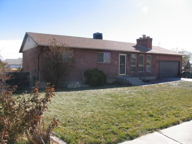 950 N VALLEYVIEW DR Castle Dale, UT 84513 - MLS #: 1345682