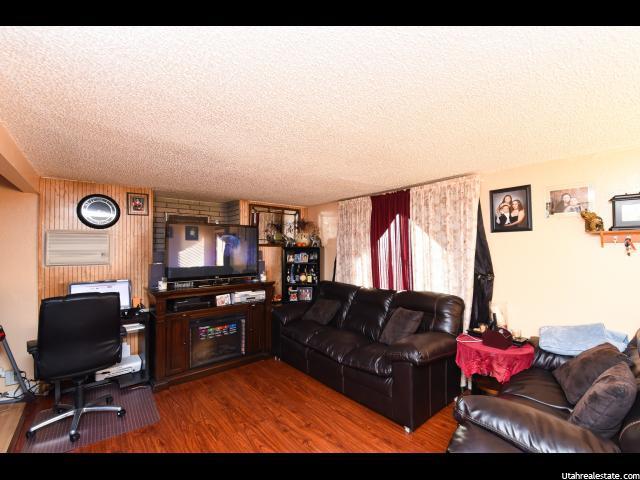 2871 S 3050 W West Valley City, UT 84119 - MLS #: 1346485