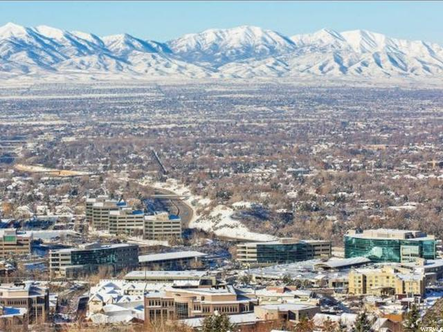 6482 S CANYON CREST DR Salt Lake City, UT 84121 - MLS #: 1349906