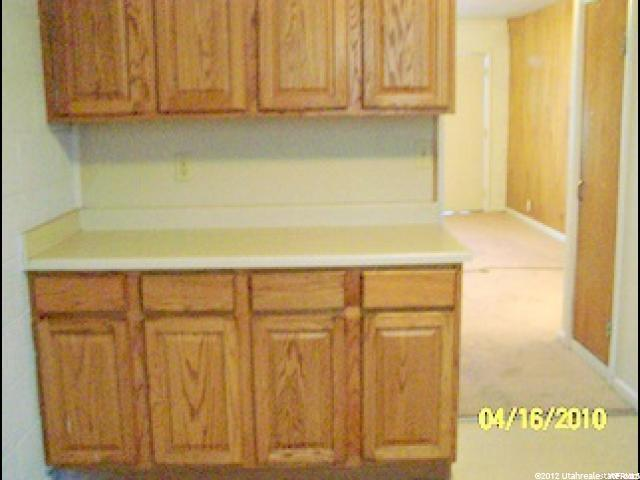 800 N 640 W Salt Lake City, UT 84116 - MLS #: 1352554