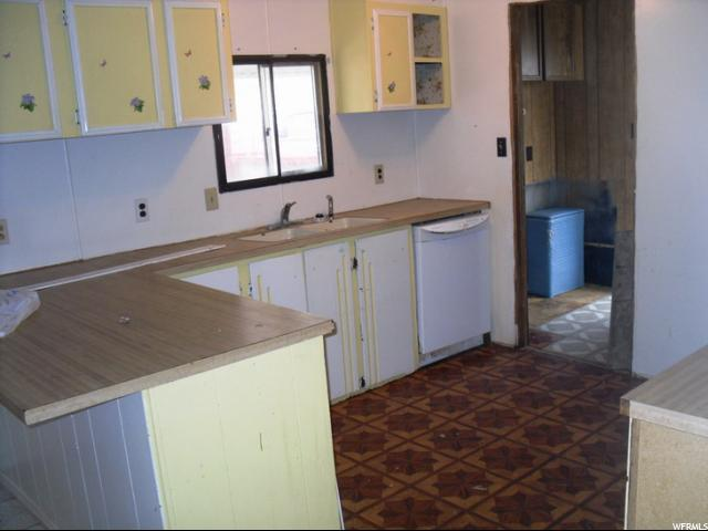 480 W 300 S DRAPER LN Unit 8 Wellington, UT 84542 - MLS #: 1359233