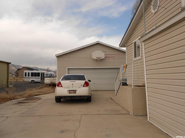 Additional photo for property listing at 160 W 100 N N 160 W 100 N N Huntington, Utah 84528 United States
