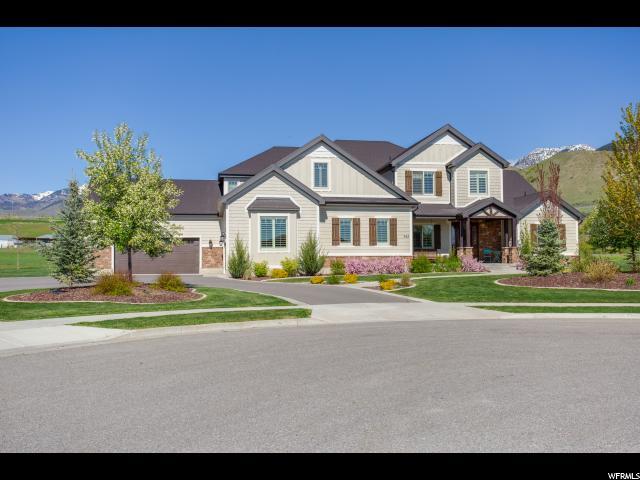 Unique la famille pour l Vente à 745 E 590 N Smithfield, Utah 84335 États-Unis