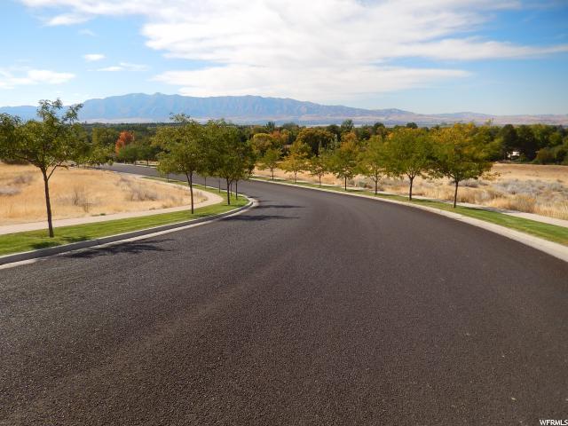 Additional photo for property listing at 2002 MOUNTAIN VIEW Lane 2002 MOUNTAIN VIEW Lane Logan, Utah 84341 Estados Unidos