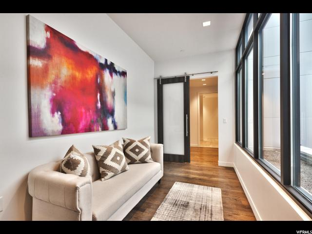 Additional photo for property listing at 333 MAIN Street 333 MAIN Street Unit: 35 帕克城, 犹他州 84060 美国