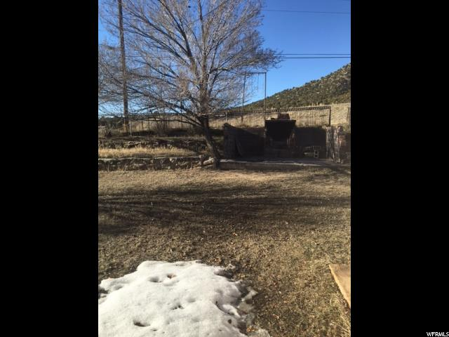 521 N EDGEHILL DR East Carbon, UT 84520 - MLS #: 1365400