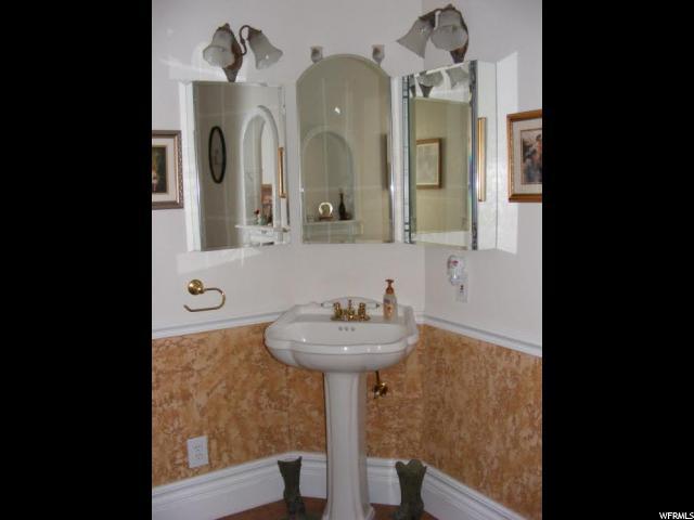 85 N 200 W Castle Dale, UT 84513 - MLS #: 1366106