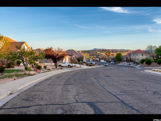 63 E 910 CIR St. George, UT 84790 - MLS #: 1366888