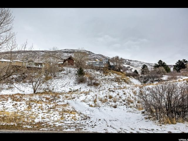 Additional photo for property listing at 7941 S WASATCH Boulevard  Cottonwood Heights, Utah 84121 United States