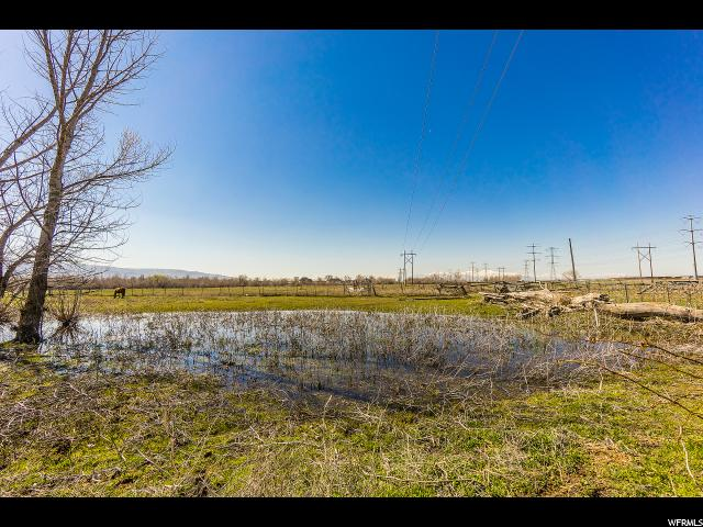 940 W PORTER LN West Bountiful, UT 84087 - MLS #: 1369156