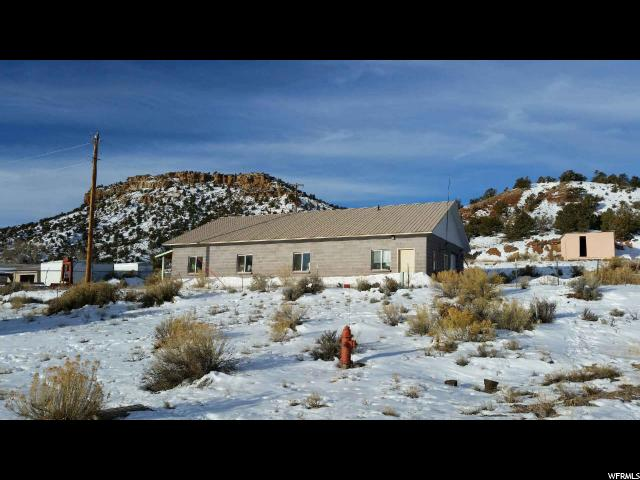Additional photo for property listing at 195 N 700 W 195 N 700 W Escalante, Utah 84726 United States