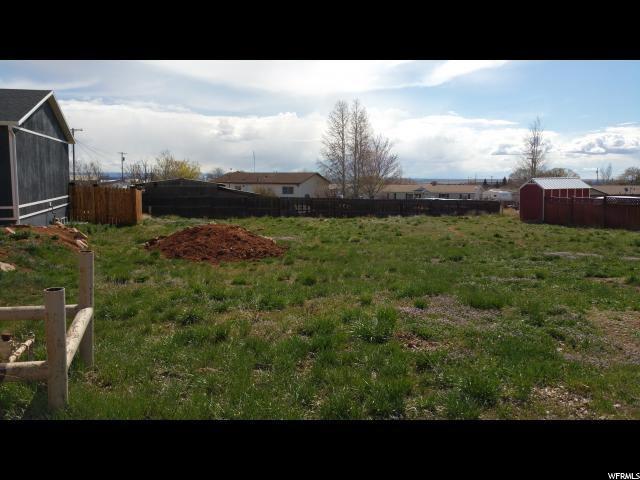 Additional photo for property listing at 300 S 300 S Monticello, Utah 84535 États-Unis