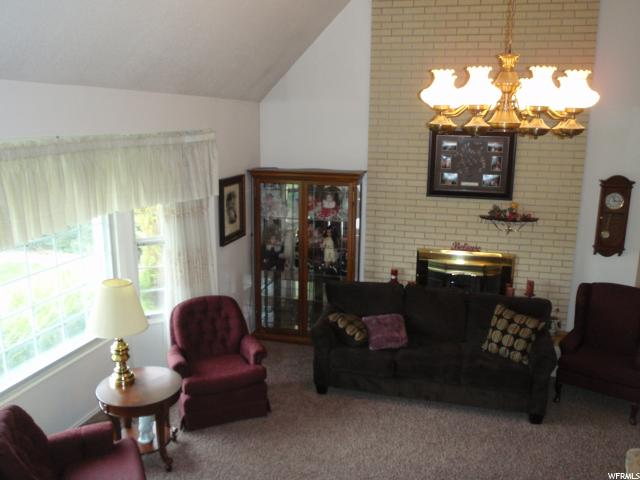 Additional photo for property listing at 1917 W 250 N 1917 W 250 N Ogden, Юта 84404 Соединенные Штаты