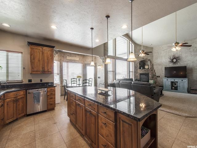 Additional photo for property listing at 7576 W ROOSTER CV 7576 W ROOSTER CV Unit: LOT 2 Herriman, Utah 84096 United States