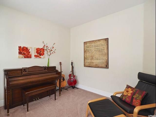 Additional photo for property listing at 604 S PARKWAY Drive  North Salt Lake, Utah 84054 United States