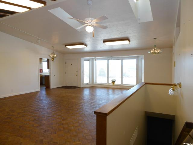 Additional photo for property listing at 1721 W 4100 N  Spring Glen, 犹他州 84526 美国
