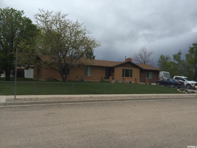 单亲家庭 为 销售 在 259 N 650 E Vernal, 犹他州 84078 美国
