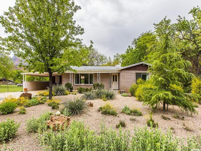 Unique la famille pour l Vente à 237 W MAIN Street Rockville, Utah 84763 États-Unis