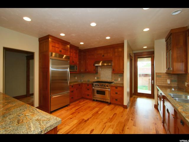Additional photo for property listing at 1722 S SUGARHOUSE Lane  Salt Lake City, Utah 84108 Estados Unidos