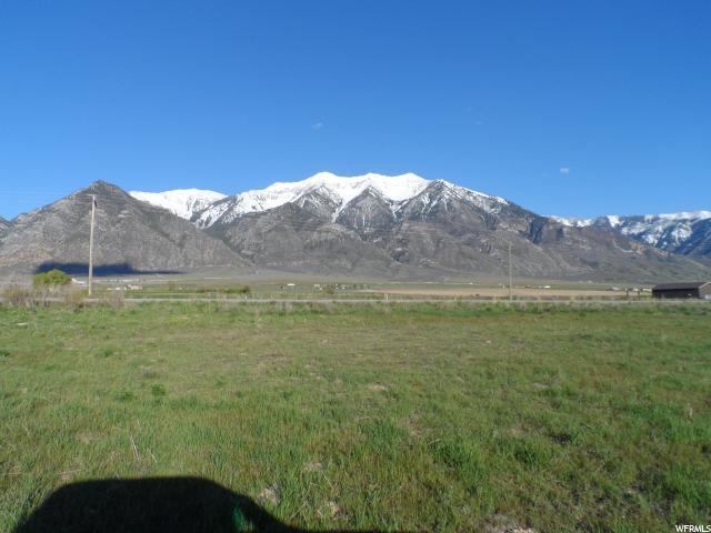 土地 为 销售 在 2271 N OLD HIGHWAY 91 Mona, 犹他州 84645 美国