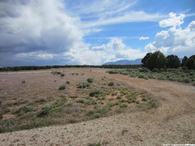 Additional photo for property listing at Address Not Available  Monticello, Utah 84535 Estados Unidos