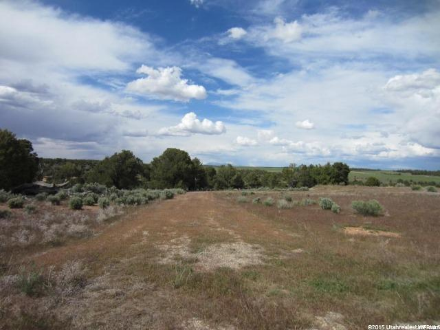 Additional photo for property listing at Address Not Available  Monticello, Utah 84535 États-Unis