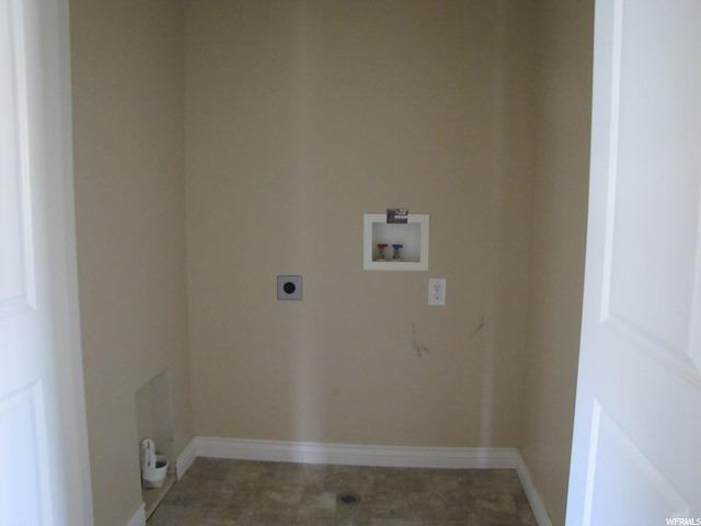 Additional photo for property listing at 1022 W VILLAGE RIVER Lane 1022 W VILLAGE RIVER Lane Unit: E4 Midvale, 犹他州 84047 美国