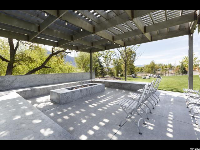 Additional photo for property listing at 1045 E 1450 S  Orem, Utah 84097 États-Unis