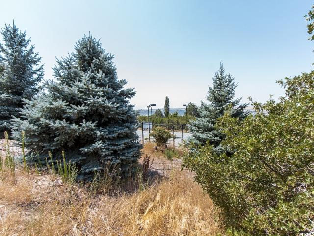 Additional photo for property listing at 2565 E JACQUELINE Street  Ogden, Utah 84403 United States
