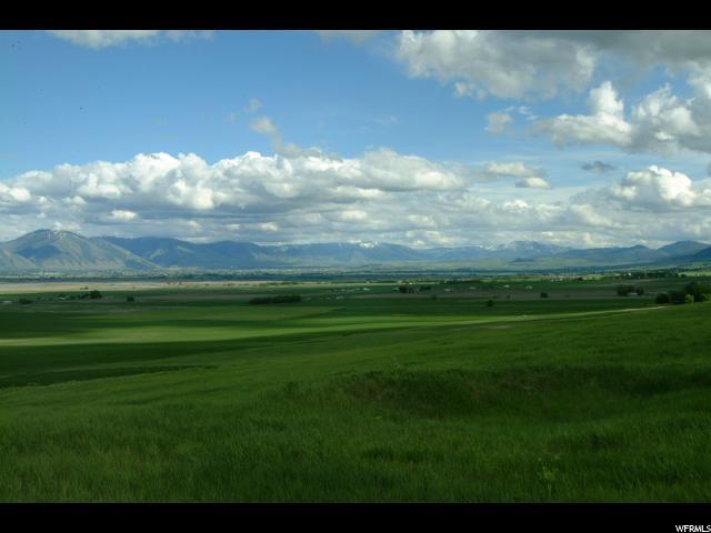 Terrain pour l Vente à 6850 W 2700 N Petersboro, Utah 84325 États-Unis